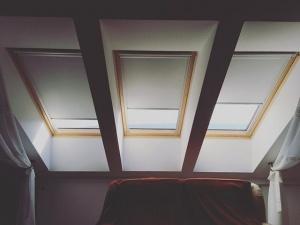 Tetőtéri roletták (sötétítő)